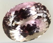 Loose bevelled kunzite , approx. 169.7 ct, oval, with colour gradient Valuation Price: 4800, -