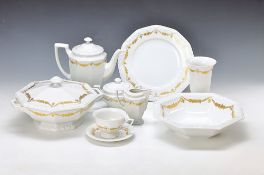 extensive coffee- and Dinner set, Rosenthal, Maria gold, classic rose, 2 coffee pots, 2 milk jugs, 2