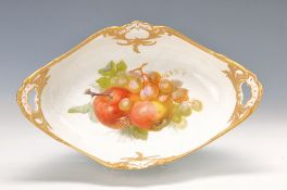 fruit bowl, KPM Berlin, 1909, fine fruit painting of apples and grapes, gold decoration, L. 36 cm, W