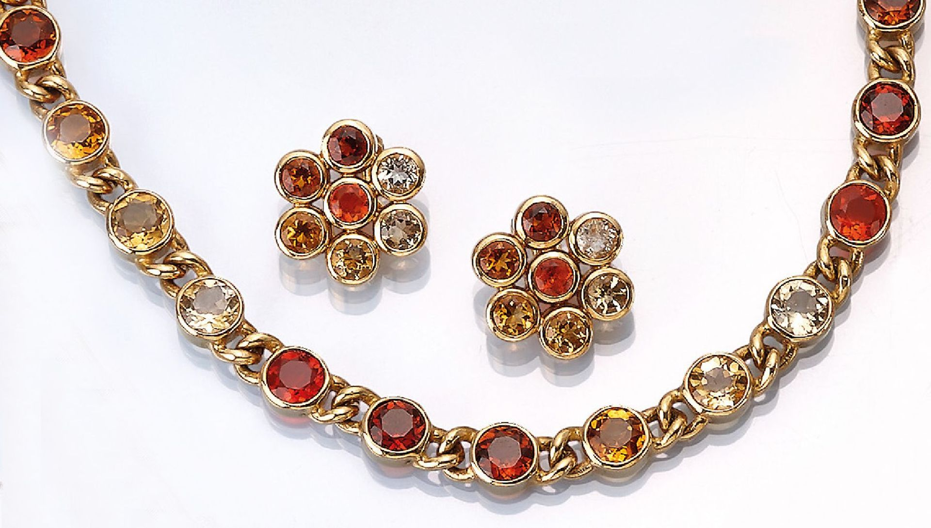 Los 61516 - 18 kt gold jewelry set with fire opals , YG 750/000, comprised of: Necklace l. approx. 45 cm, S-