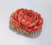 """18 kt gold brooch with coral and brilliants , """"Rose"""", YG/WG 750/000, coral rose fine cutand"""