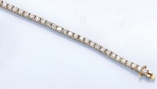 14 kt gold bracelet with brilliants , YG 585/000, brilliants total approx. 4.04 ct Top Wesselton-