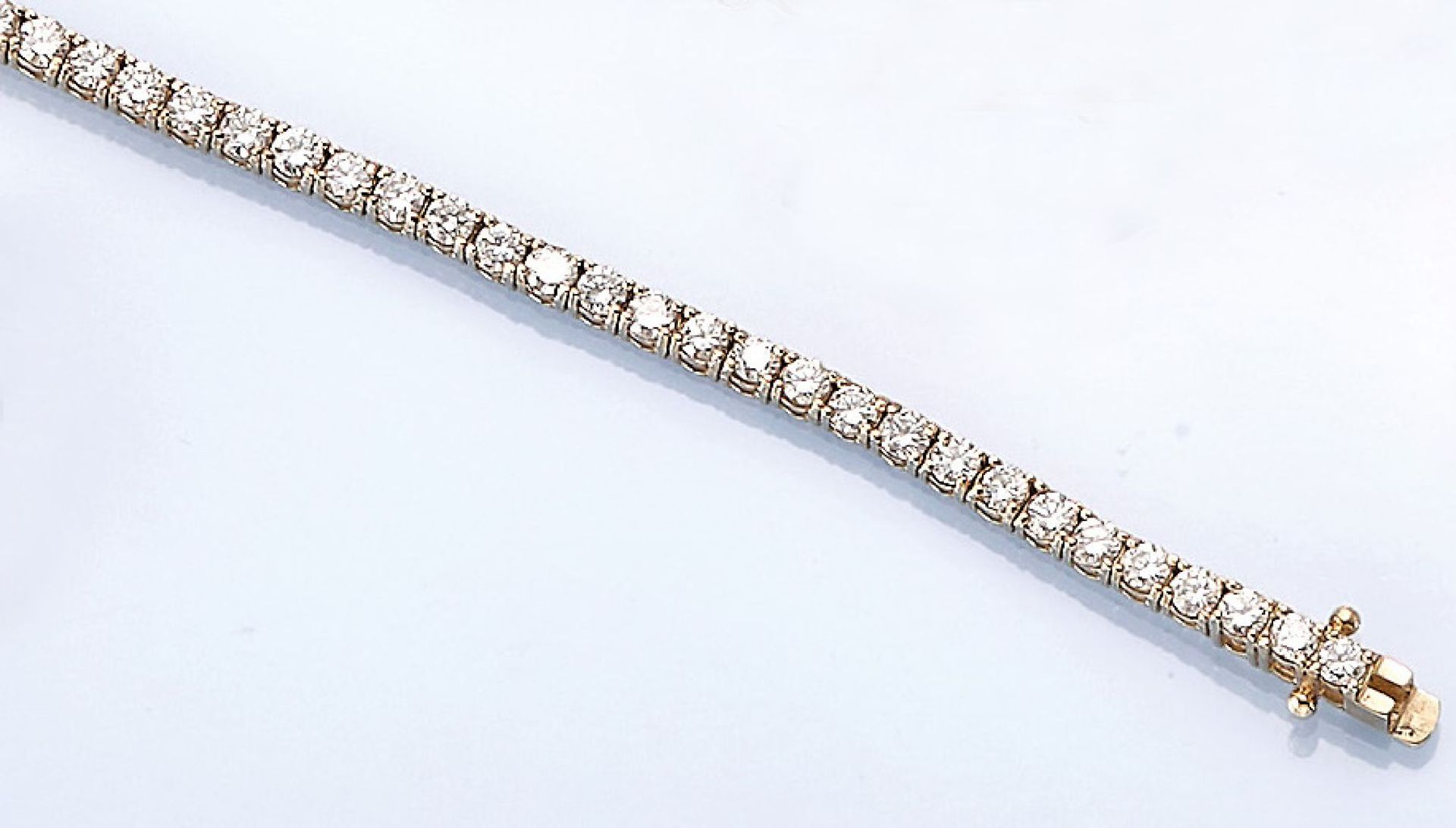 Los 61528 - 14 kt gold bracelet with brilliants , YG 585/000, brilliants total approx. 4.04 ct Top Wesselton-