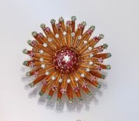 14 kt gold brooch with coloured stones and diamonds , YG 585/000, round bevelled emeralds and rubies