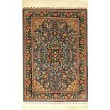 Seiden Hereke alt, Türkei, ca. 50 Jahre, reine Naturseide, ca. 100 x 68 cm, EHZ: 2