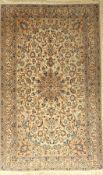 Nain, Persien, ca. 50 Jahre, Wolle mit Seide, ca. 208 x 127 cm, EHZ: 2-3