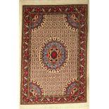 Rosen Bidjar alt, Persien, ca. 50 Jahre, Wolle auf Baumwolle, ca. 160 x 109 cm, EHZ: 3