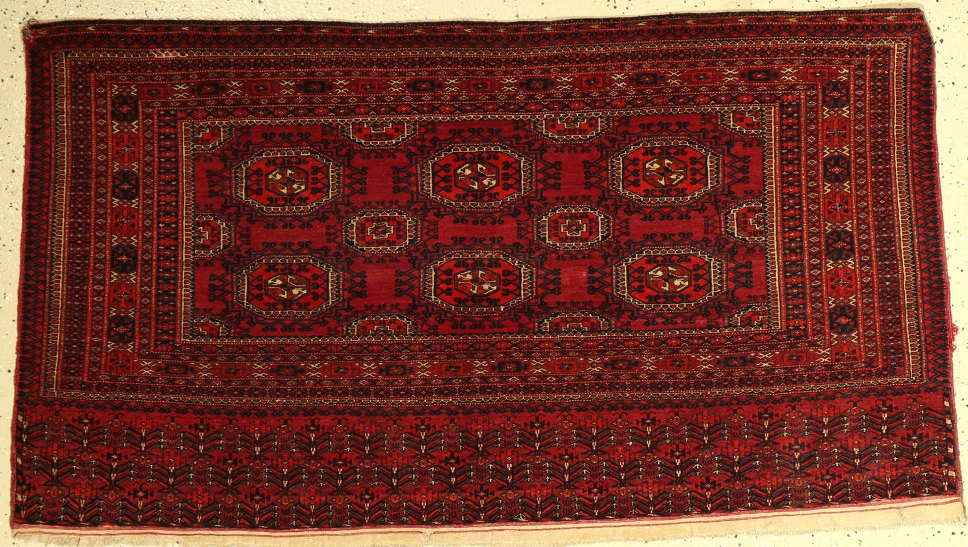 Tekke Tschowal antik, Turkmenistan, um 1900, Wolle auf Wolle, ca. 140 x 80 cm, EHZ: 3