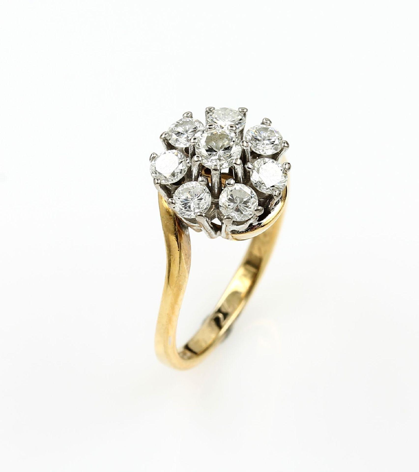 14 kt Gold Ring mit Brillanten, GG/WG 585/000, 8 Brillanten zus. ca. 1.0 ct Weiß/si,total ca. 4.7 g,