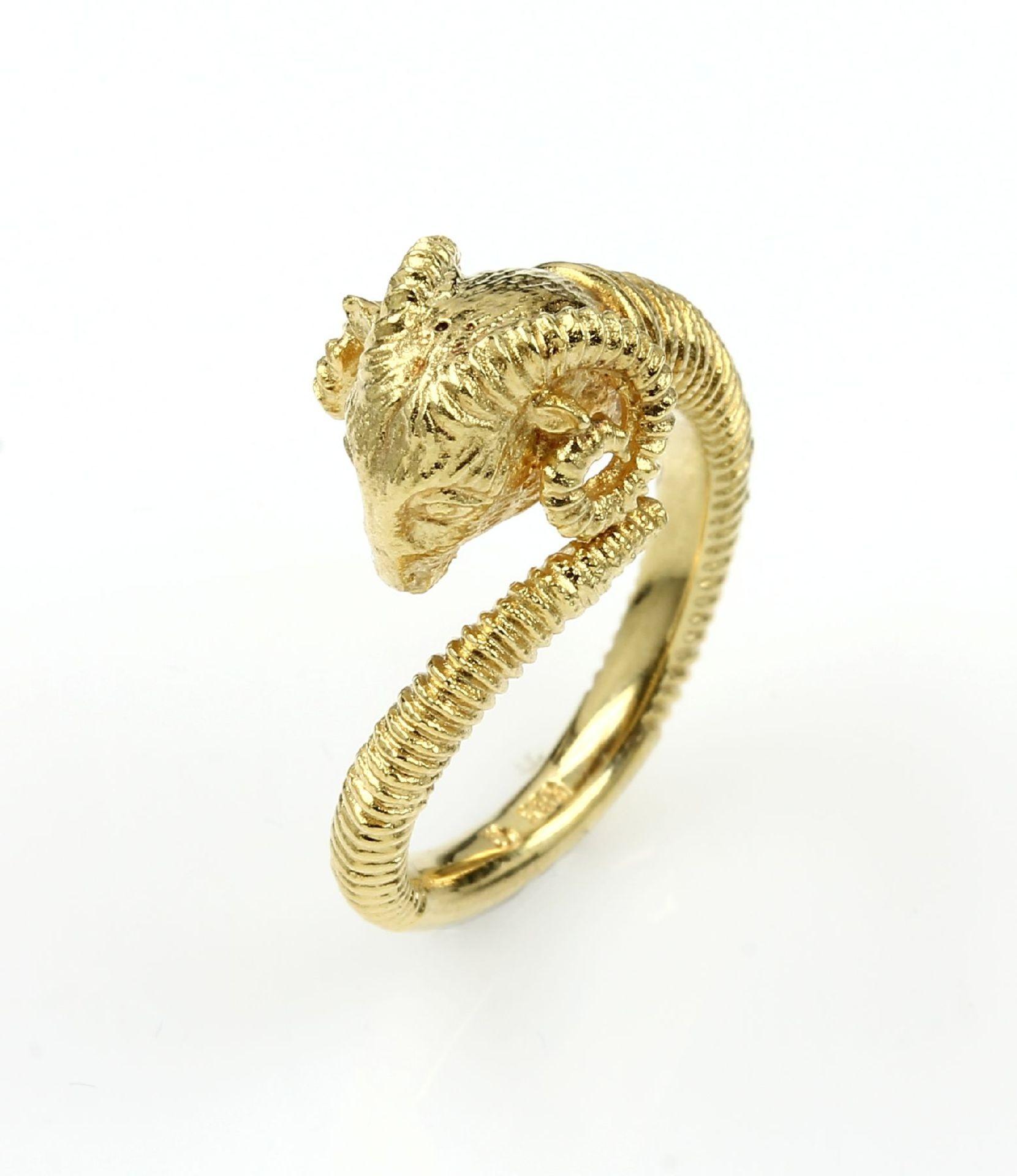 14 kt Gold Ring mit Widderkopf, GG 585/000, graviert, total ca. 9.0 g, Meistermarke Zerrenner, RW