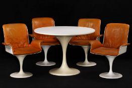 """Tisch mit 4 Stühlen, """"Herman Miller"""", um 1965/70, typische Formen der angehenden 60er Jahre nach"""