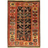 Seltener Luri alt, Persien, um 1930, Wolle auf Wolle, ca. 192 x 139 cm, Seltenes Design, Baum