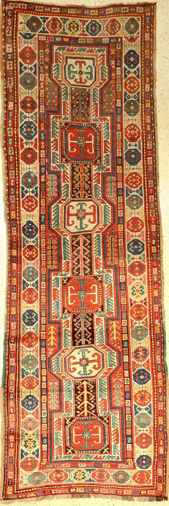 Kasak antik, Kaukasus, um 1890, Wolle auf Wolle, ca. 317 x 111 cm, Schildmuster, EHZ: 2-3Antique
