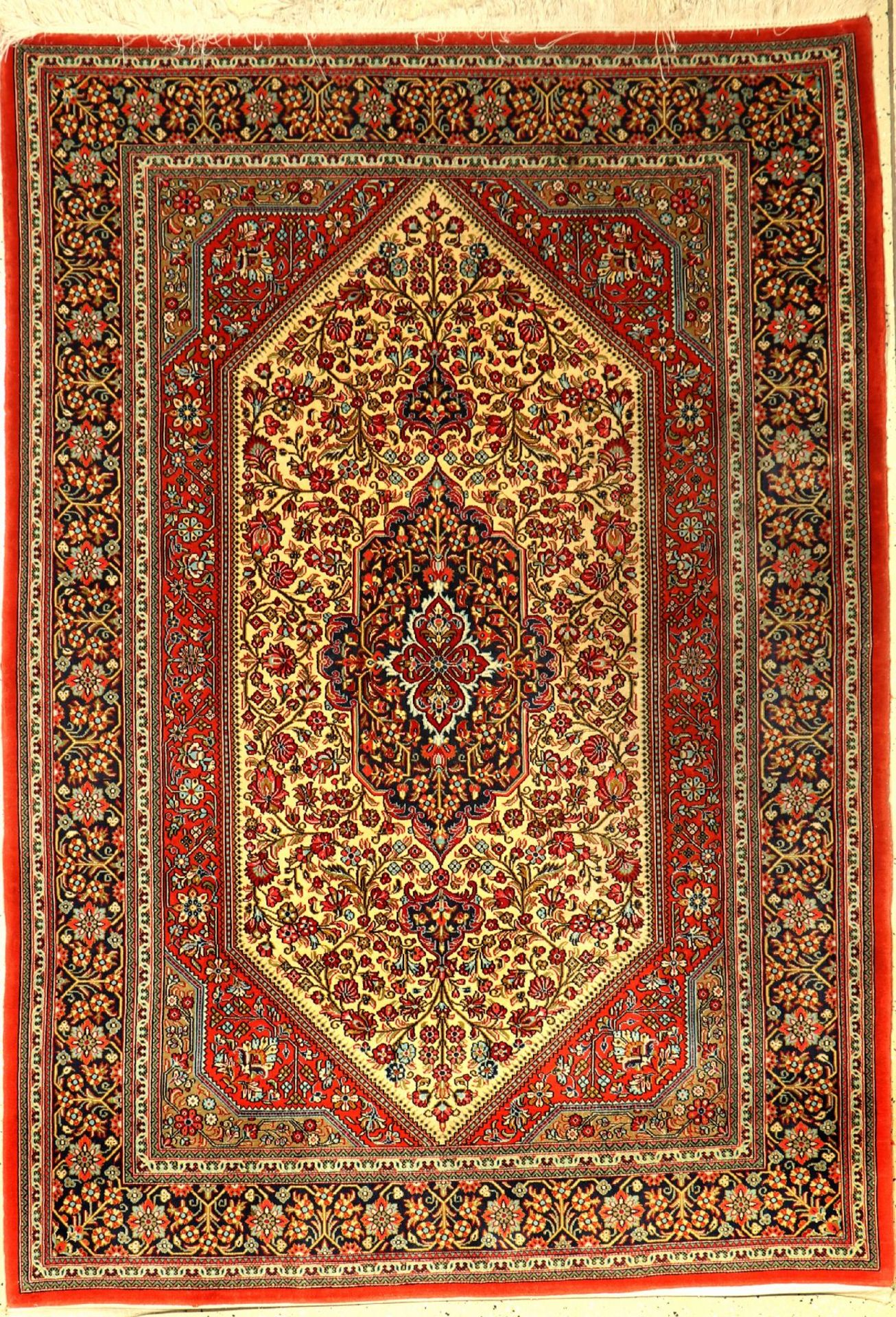 Ghom Kork fein, Persien, ca. 30 Jahre, Korkwolle, ca. 195 x 134 cm, EHZ: 2Qom fine, Persia,