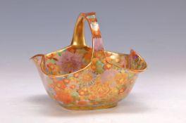 Henkelschale, Satsuma Japan, um 1900, Steinzeug, sehr fein bunt bemalt in mille fiori auf goldenem