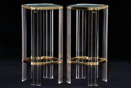 Etagentisch, facettierte Beine aus Acrylglas, Zwischenteile Metall goldfarben gefasst, 8-eckige
