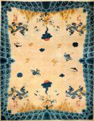 """Seltener großer Peking """"Drachenteppich"""" alt, Nordostchina, um 1920, Korkwolle geknüpft auuf"""