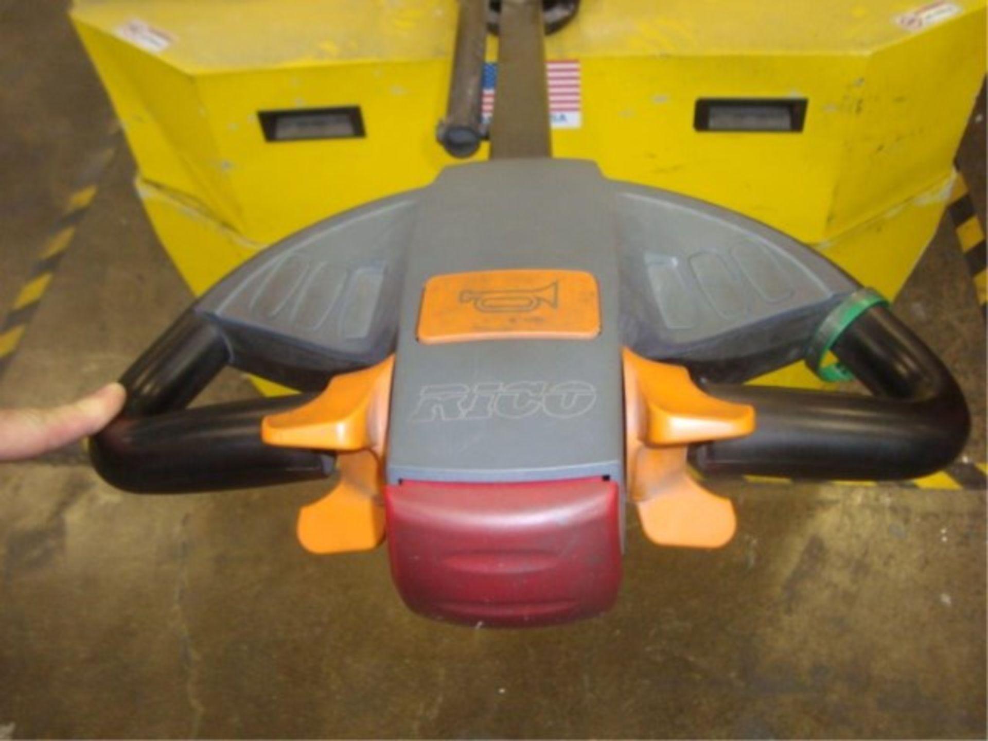 Lot 133 - Heavy Duty Electric Die Lift & Transport Cart