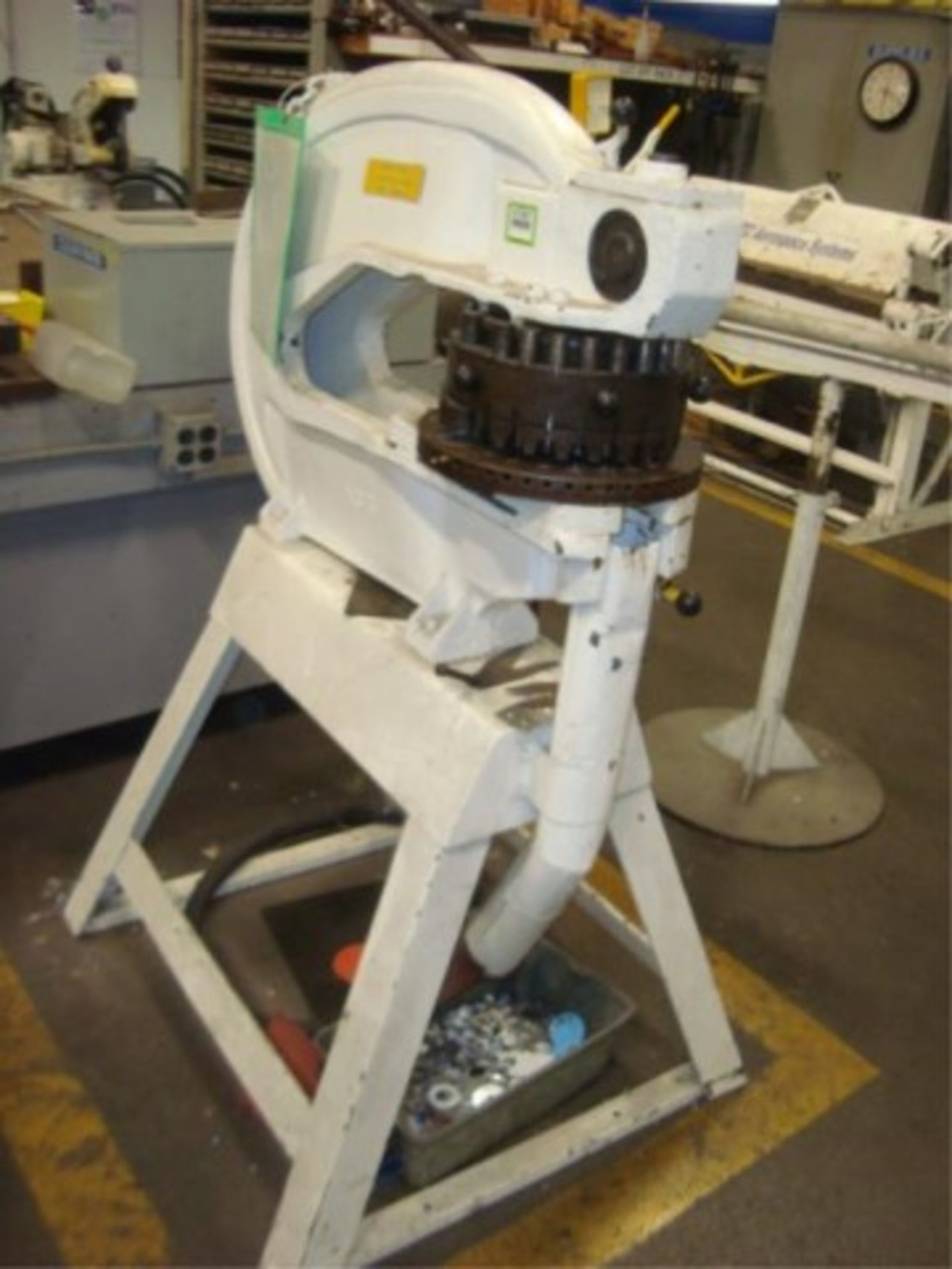 Lot 151 - 18-Station Manual Turret Press