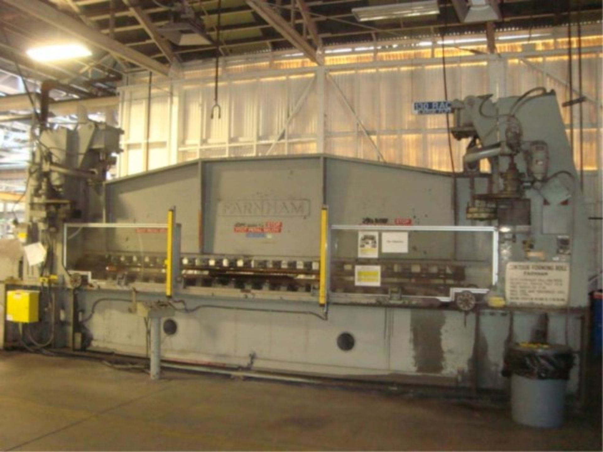 Lot 124 - Contour Forming Roll Press Machine