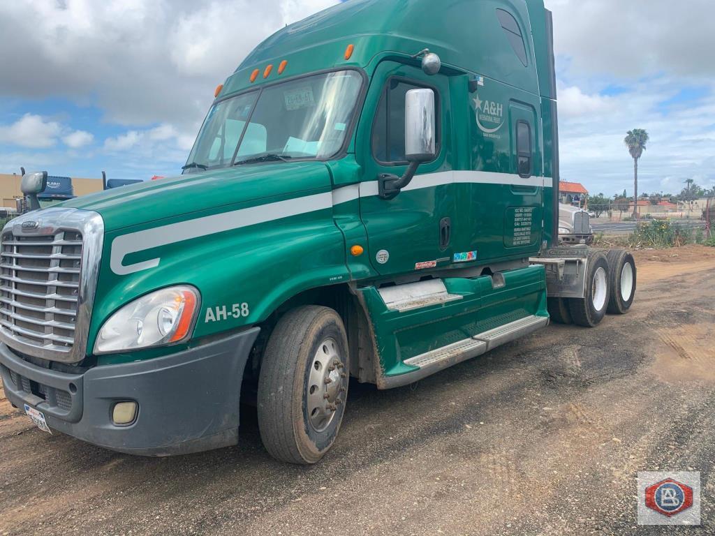 2012 Freightliner   Manufacturer Daimler Trucks North