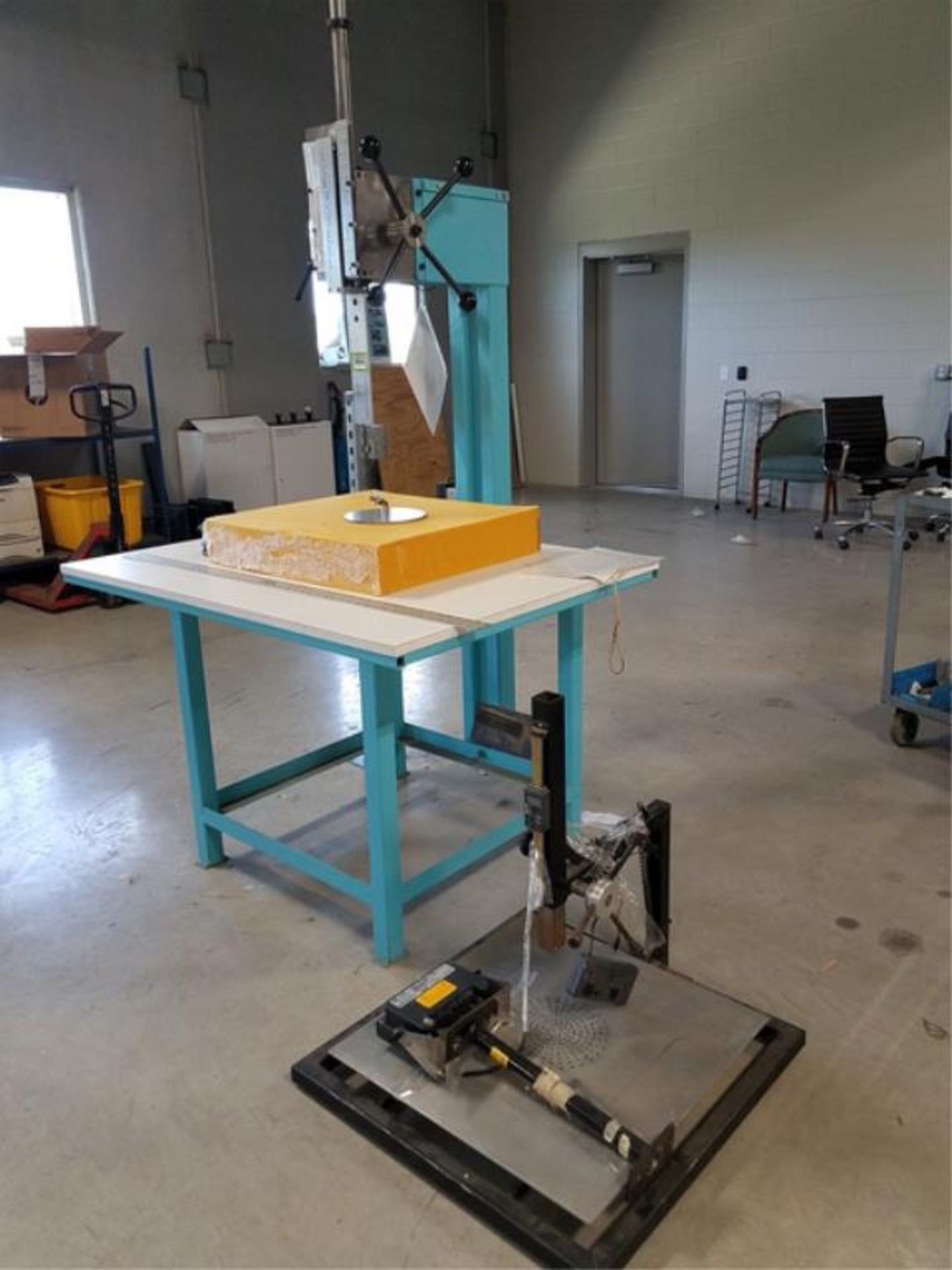 Lot 723 - Test Stands
