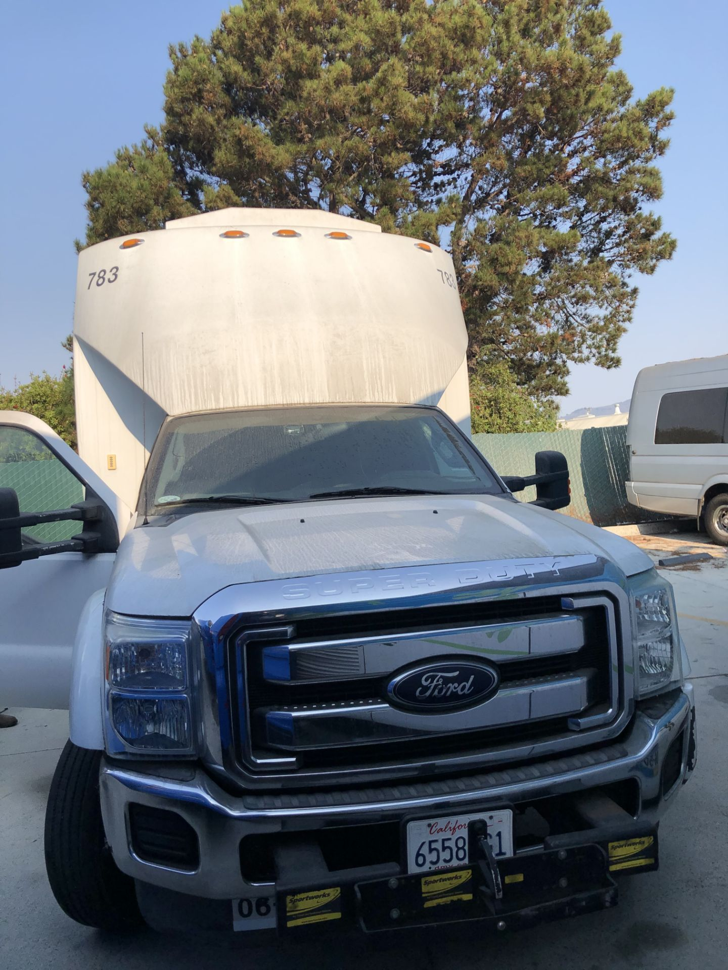 Ford F550 Shuttle Bus - Image 2 of 6