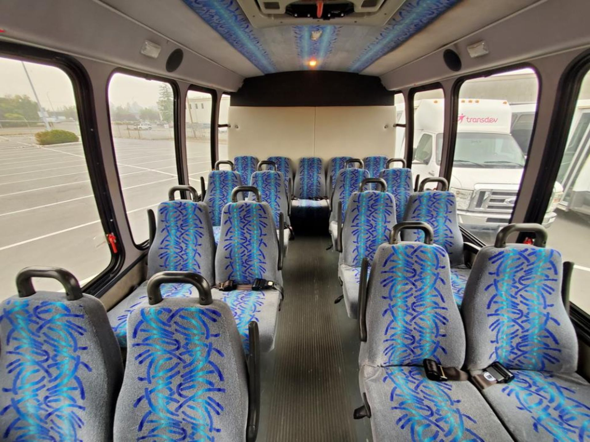 FORD E450 Turtle Top Shuttle Bus - Image 14 of 15