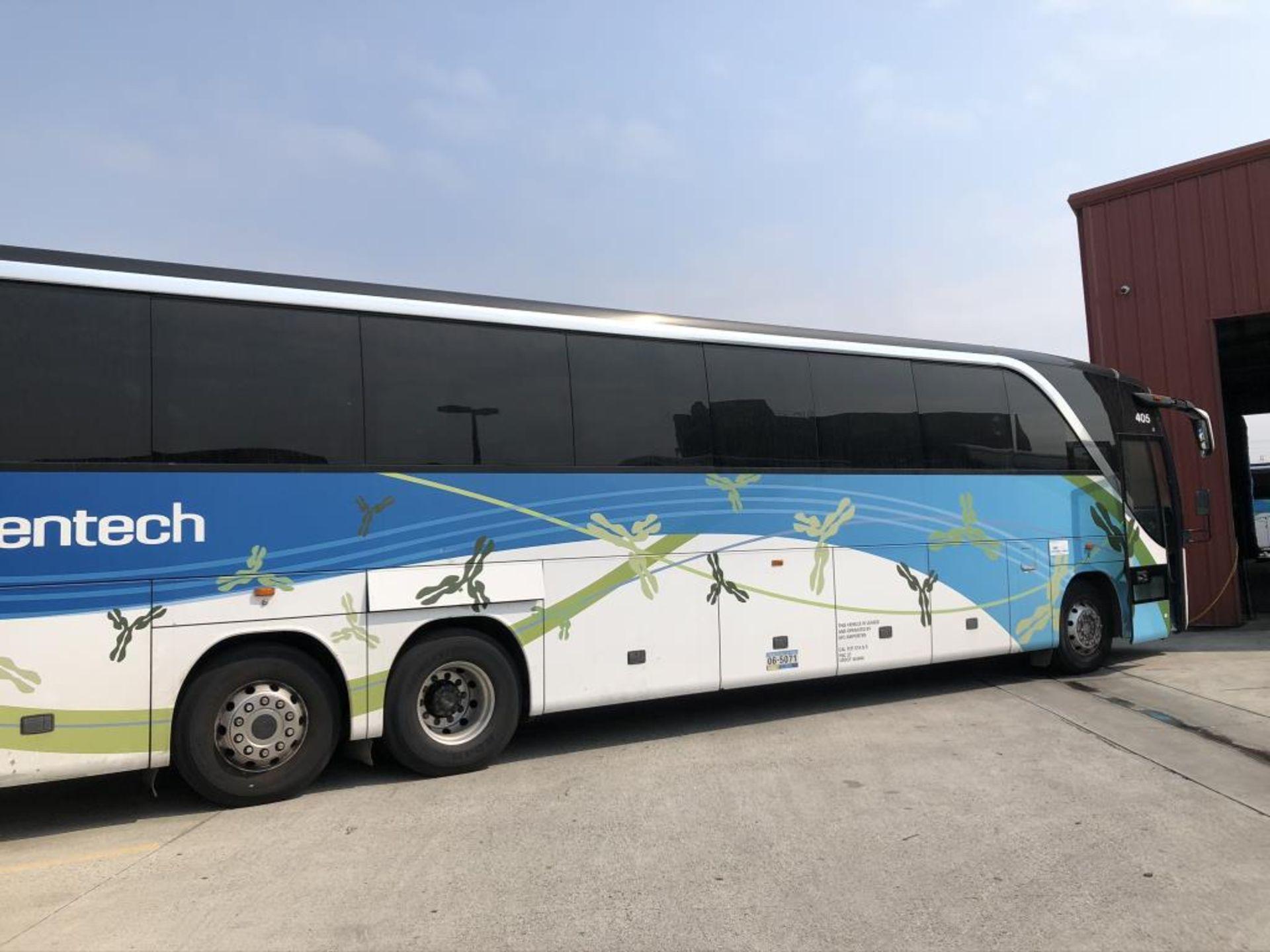 Motor Coach - Image 15 of 19