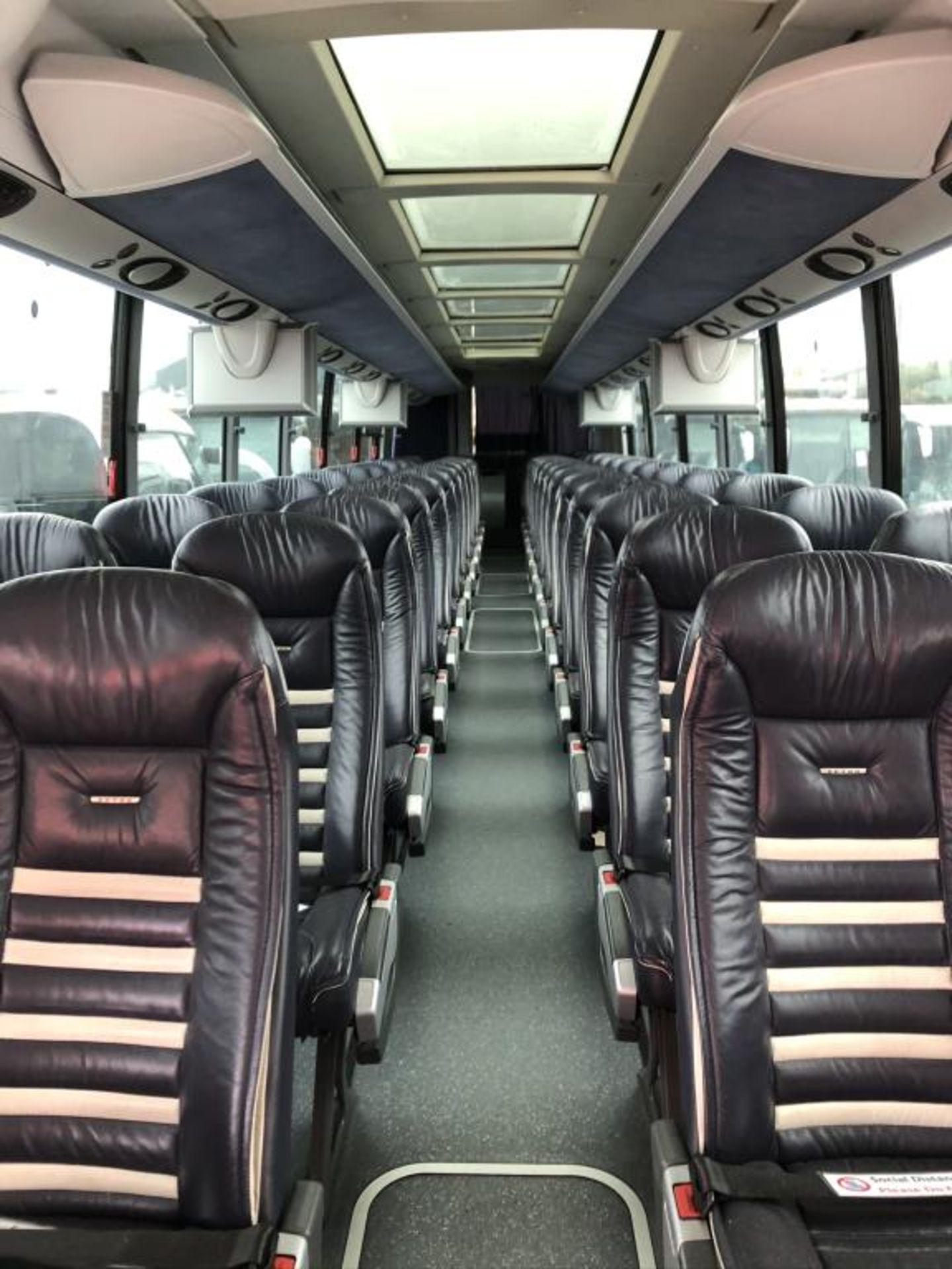 Motor Coach - Image 7 of 17