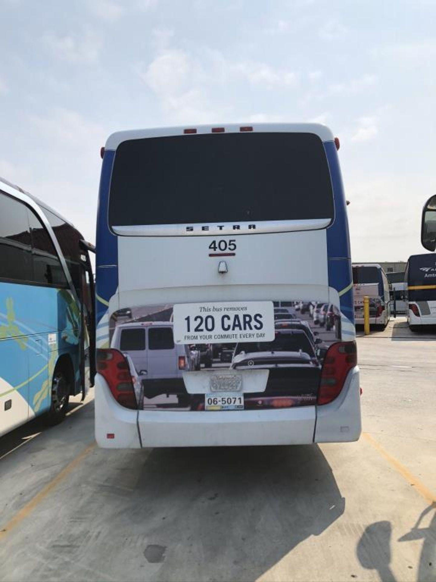 Motor Coach - Image 16 of 19