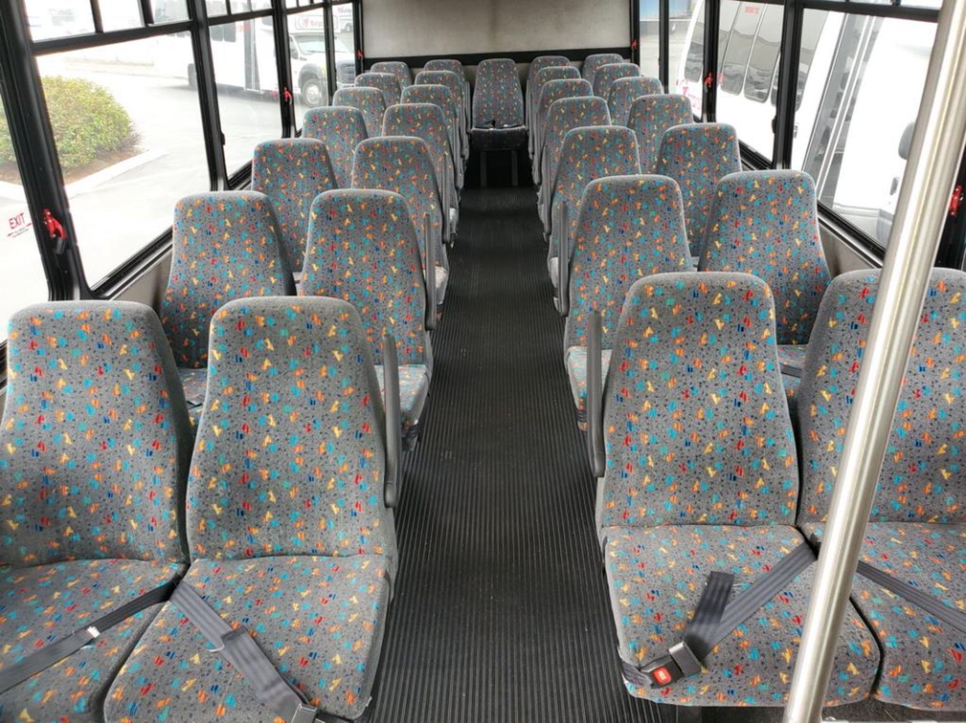 Lot 200 - International Champion Commercial Bus