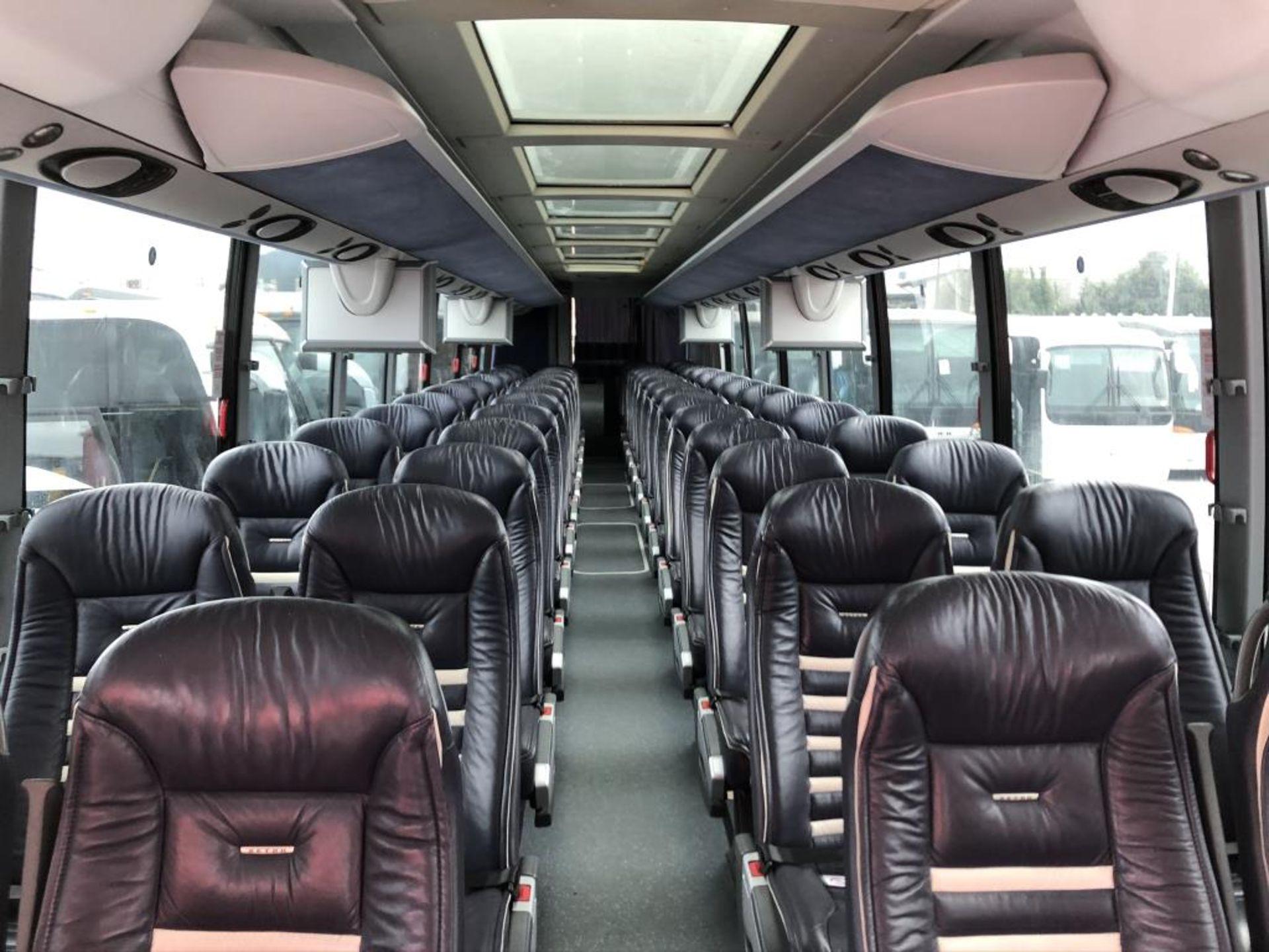 Motor Coach - Image 8 of 17