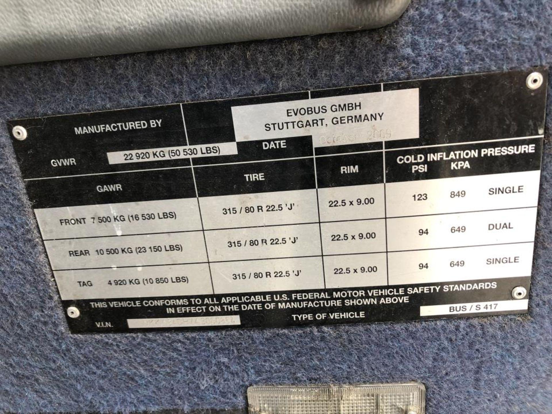Motor Coach - Image 5 of 17