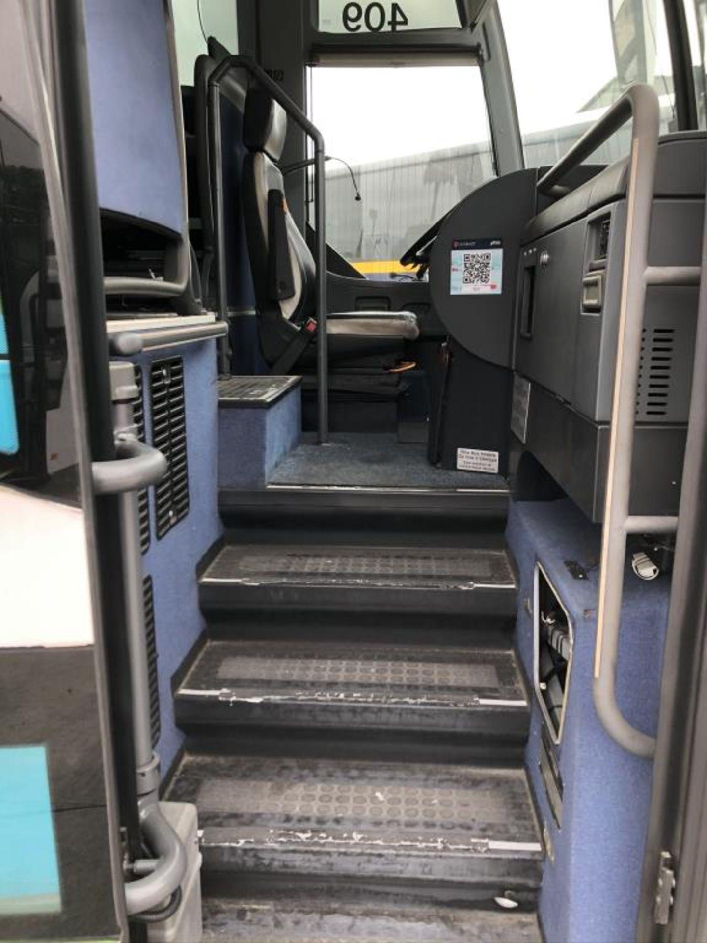 Motor Coach - Image 4 of 18