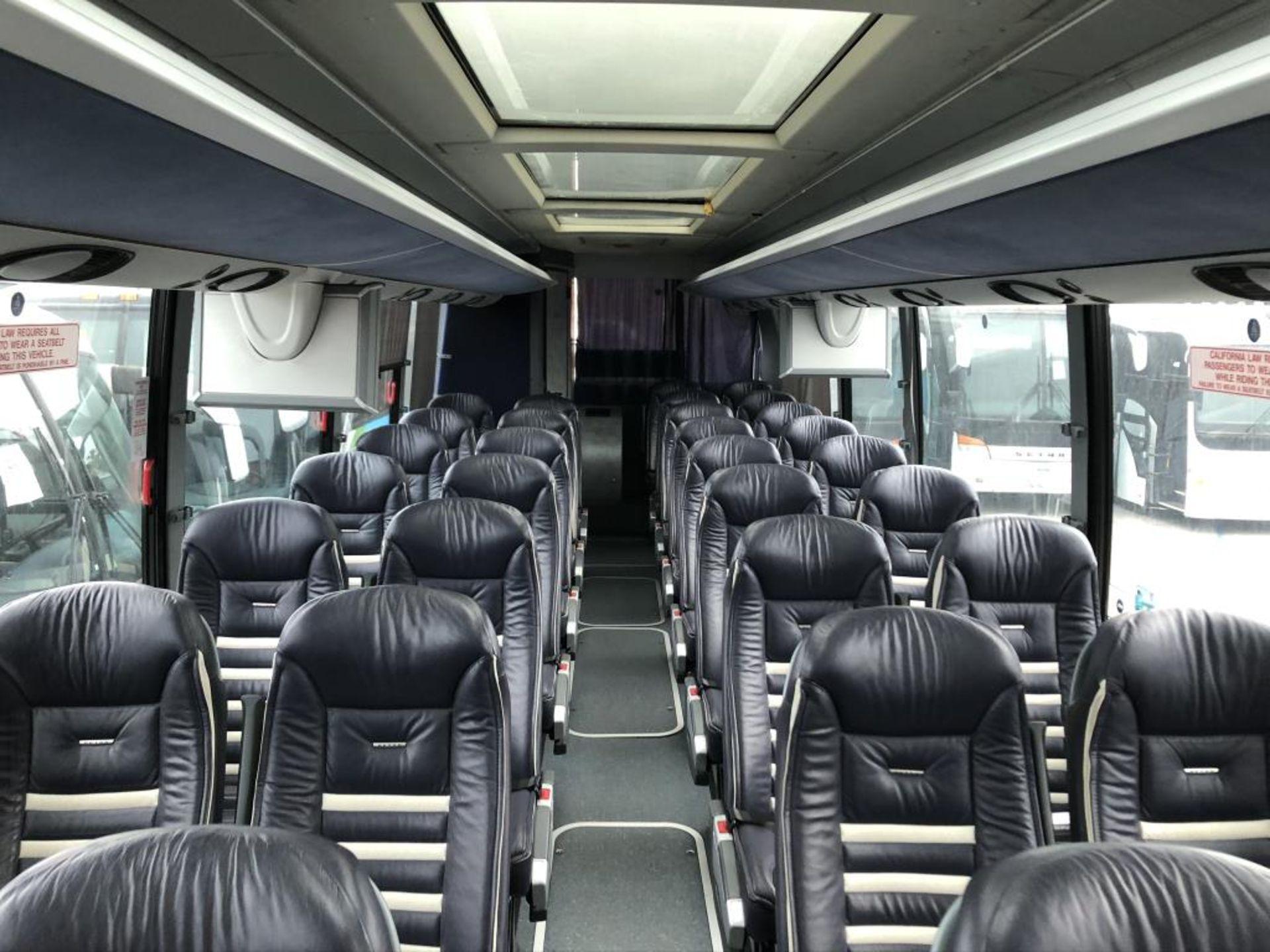 Motor Coach - Image 10 of 17