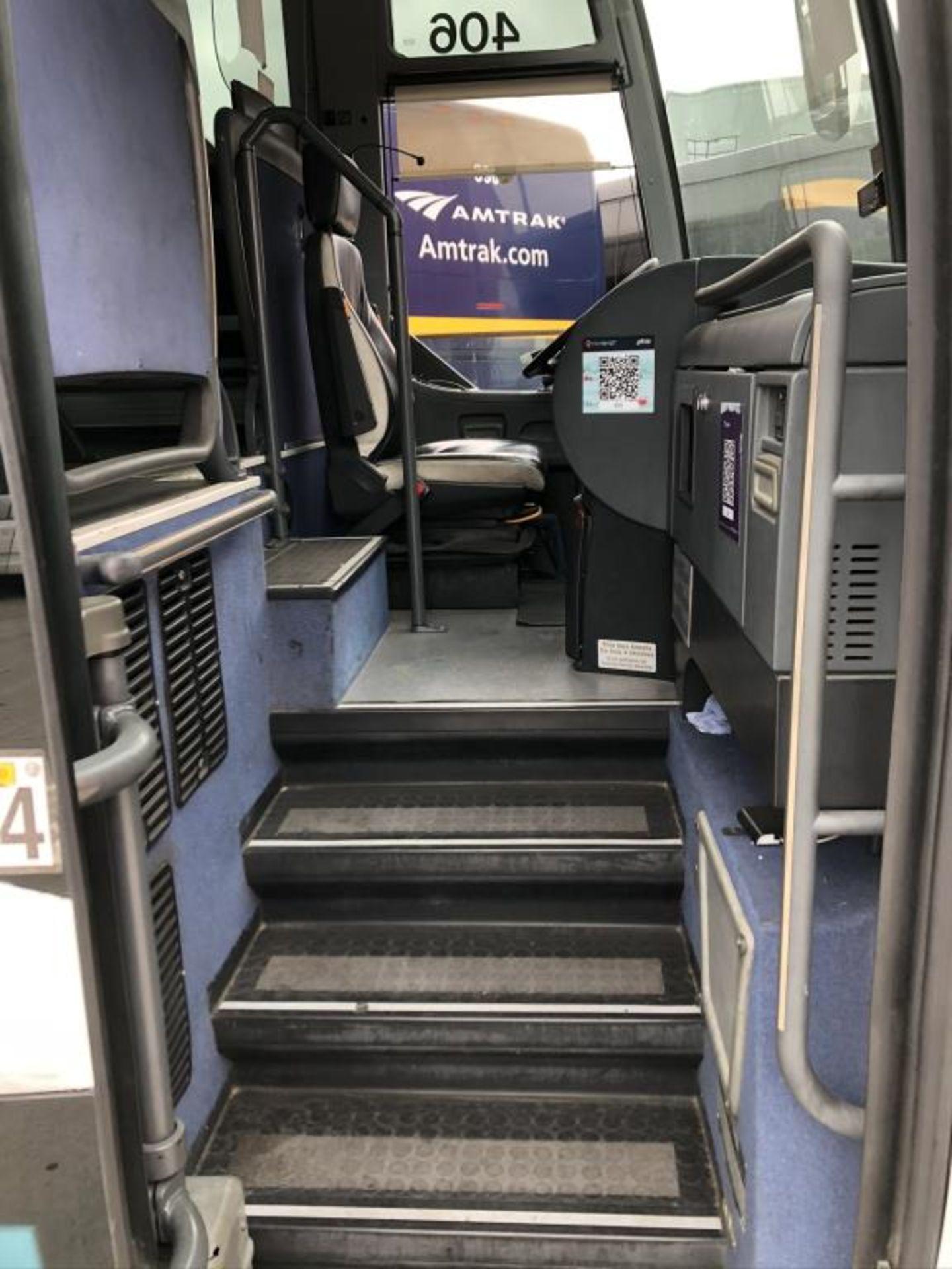Motor Coach - Image 4 of 17