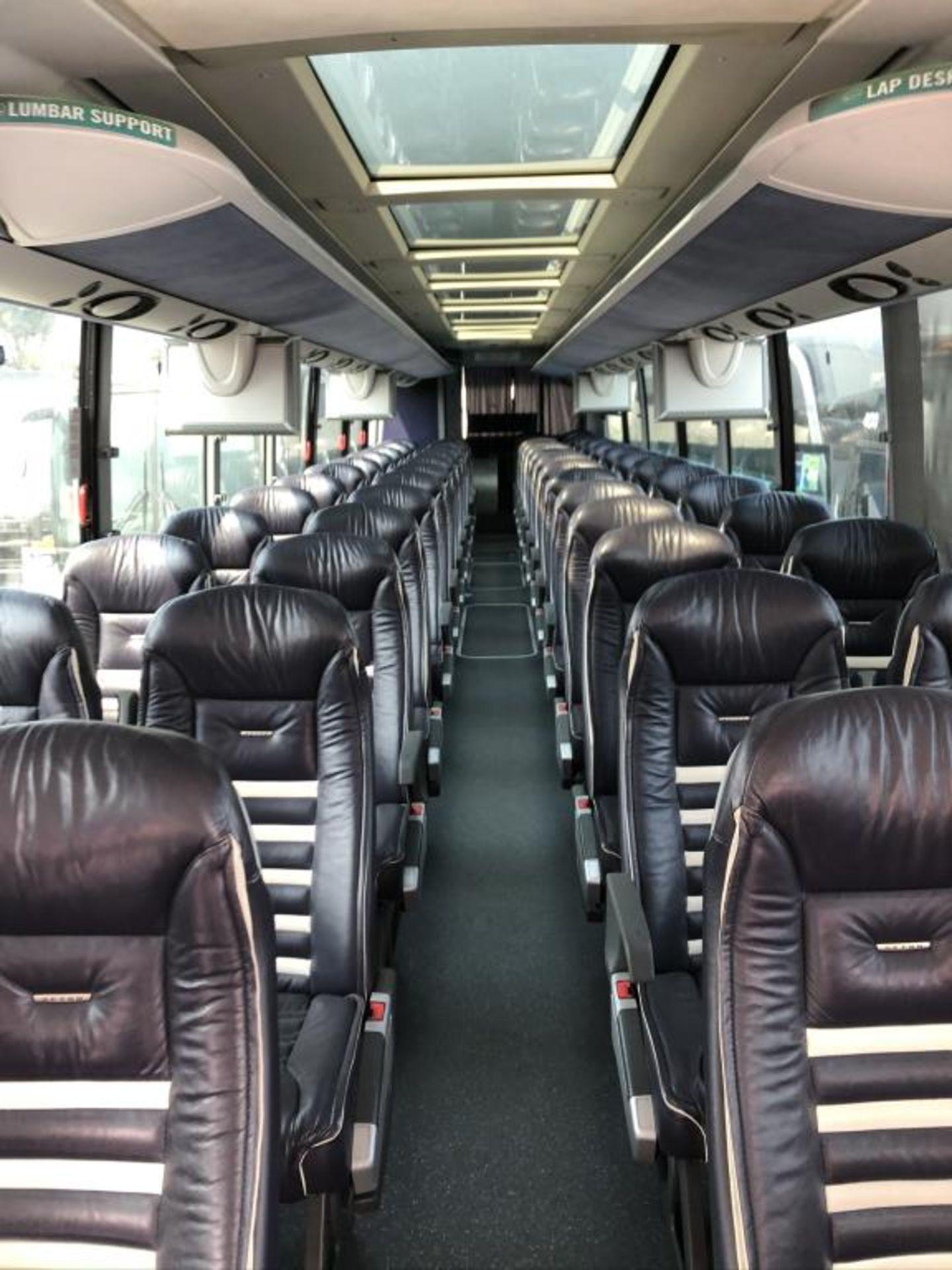 Motor Coach - Image 11 of 19