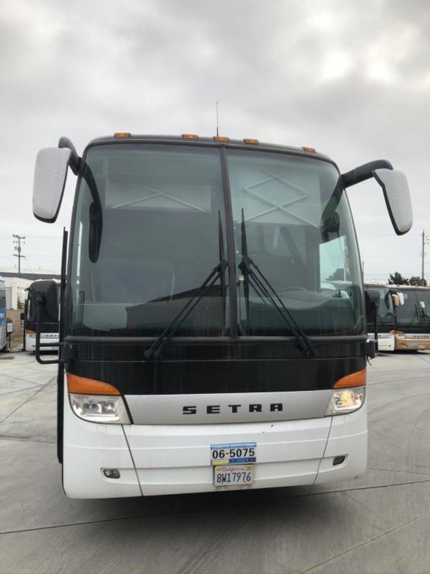 Motor Coach - Image 3 of 18