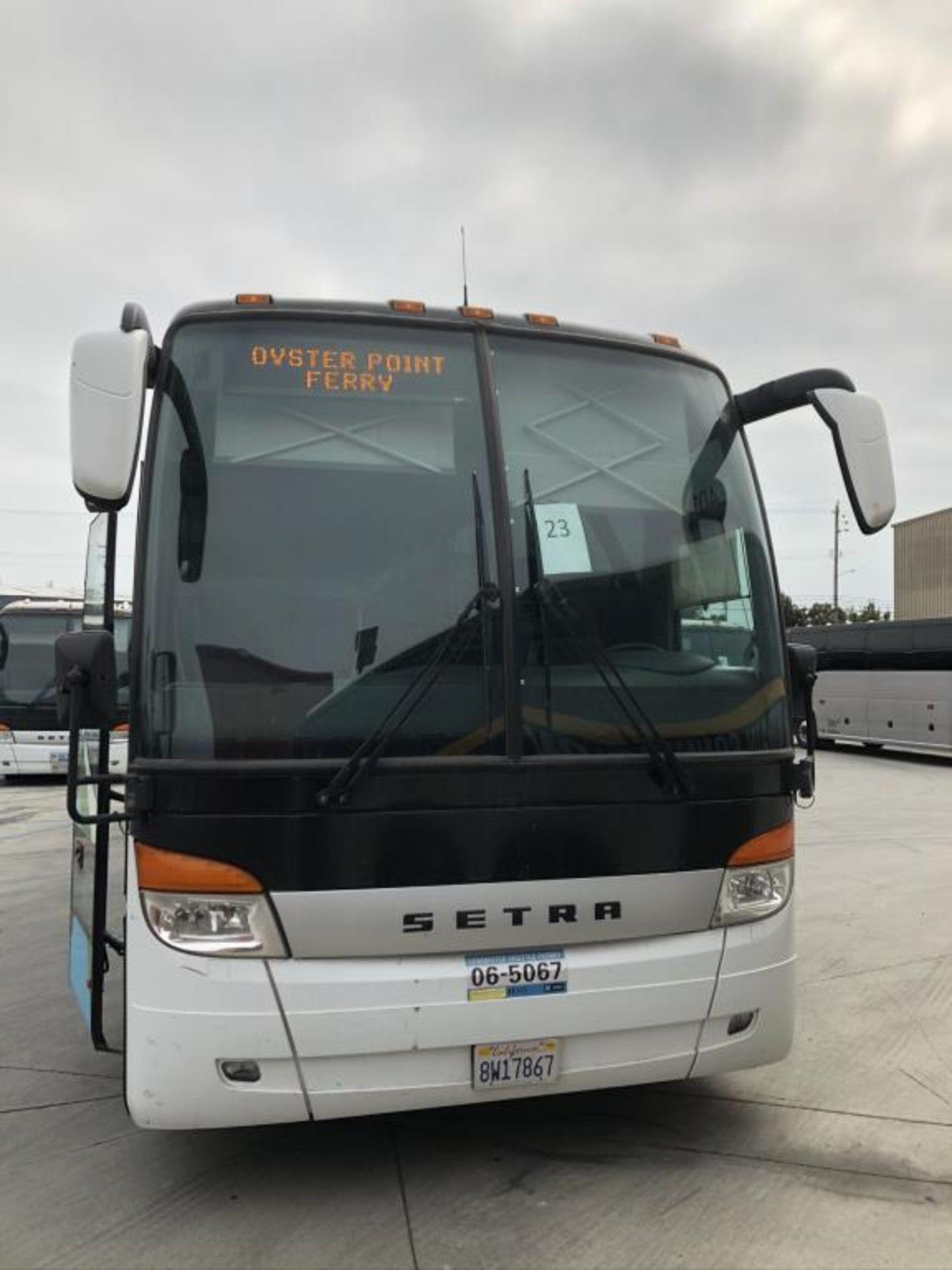Motor Coach - Image 3 of 17