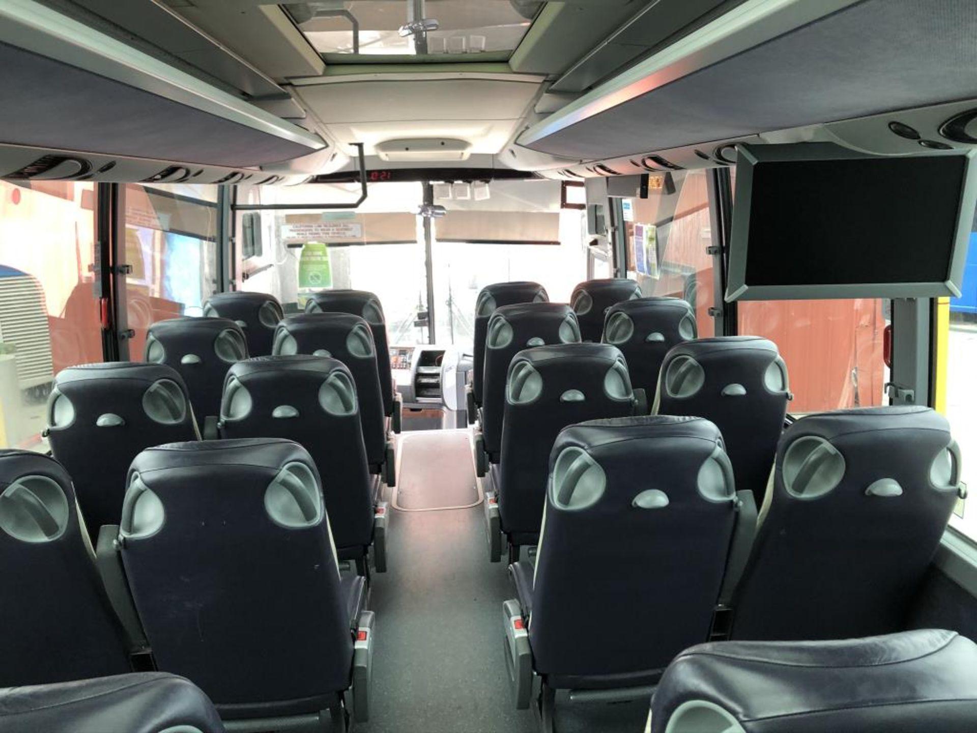 Motor Coach - Image 11 of 17