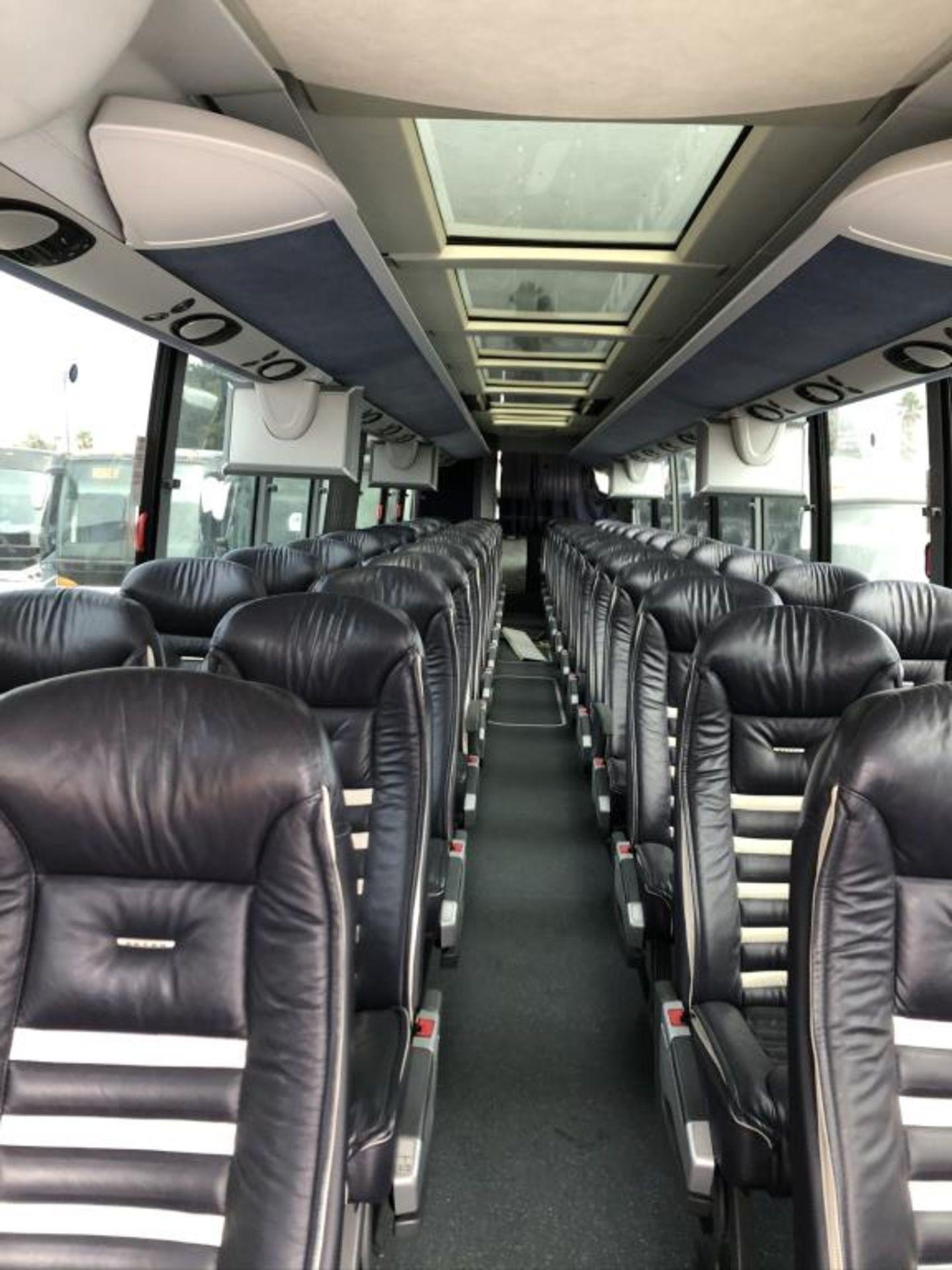 Lot 109 - Motor Coach