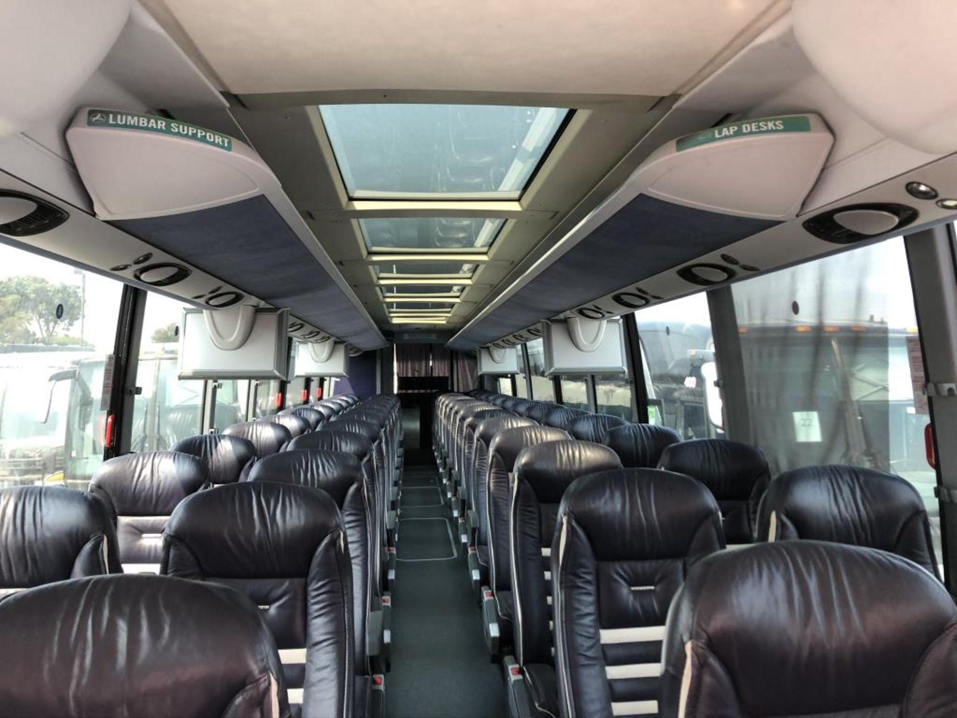 Motor Coach - Image 10 of 19