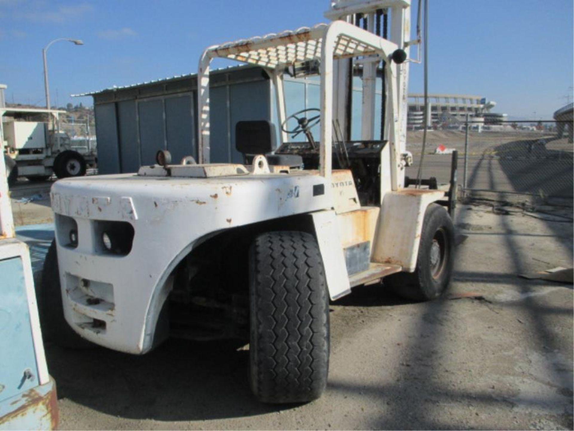 Forklift - Image 3 of 7
