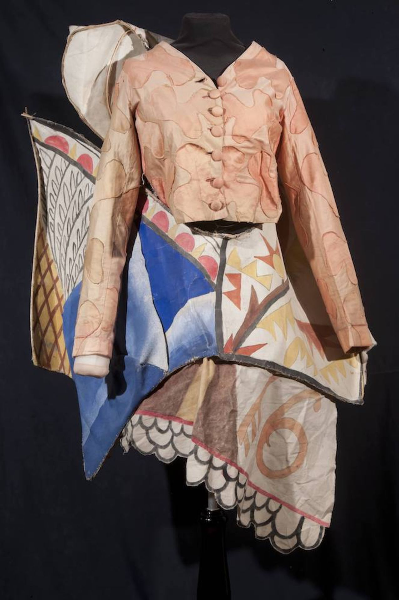 Los 19 - Mikhail Larionov (1881-1964) - The costume of the Chief Clown for S. Diaghilev's [...]