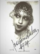 JOSÉPHINE BAKER. 1906-1975. Portrait-postcard with autograph on recto in black ink [...]