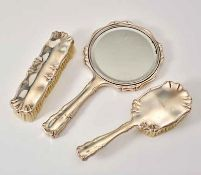 VIENNESE SILVER TOILET SET - 3 parts, consisting of: hand mirror, hair and clothes [...]