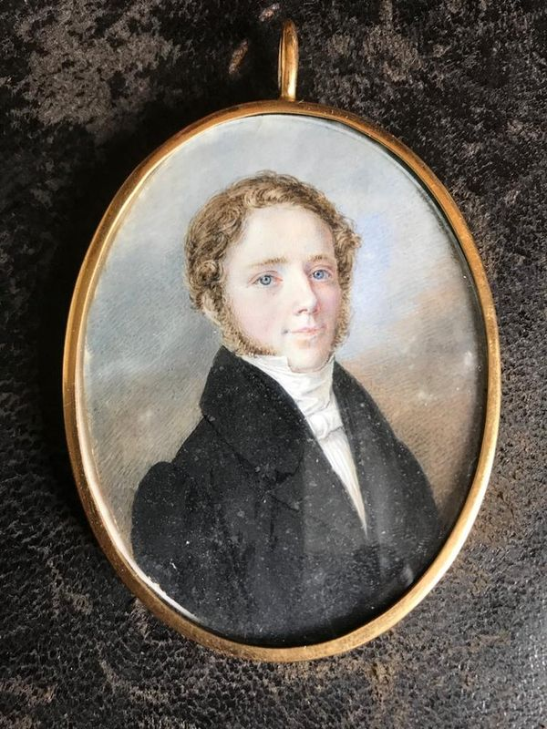 Portrait of a young man - Miniature, early 19th century gouache on ivory 8-6 cm - [...]