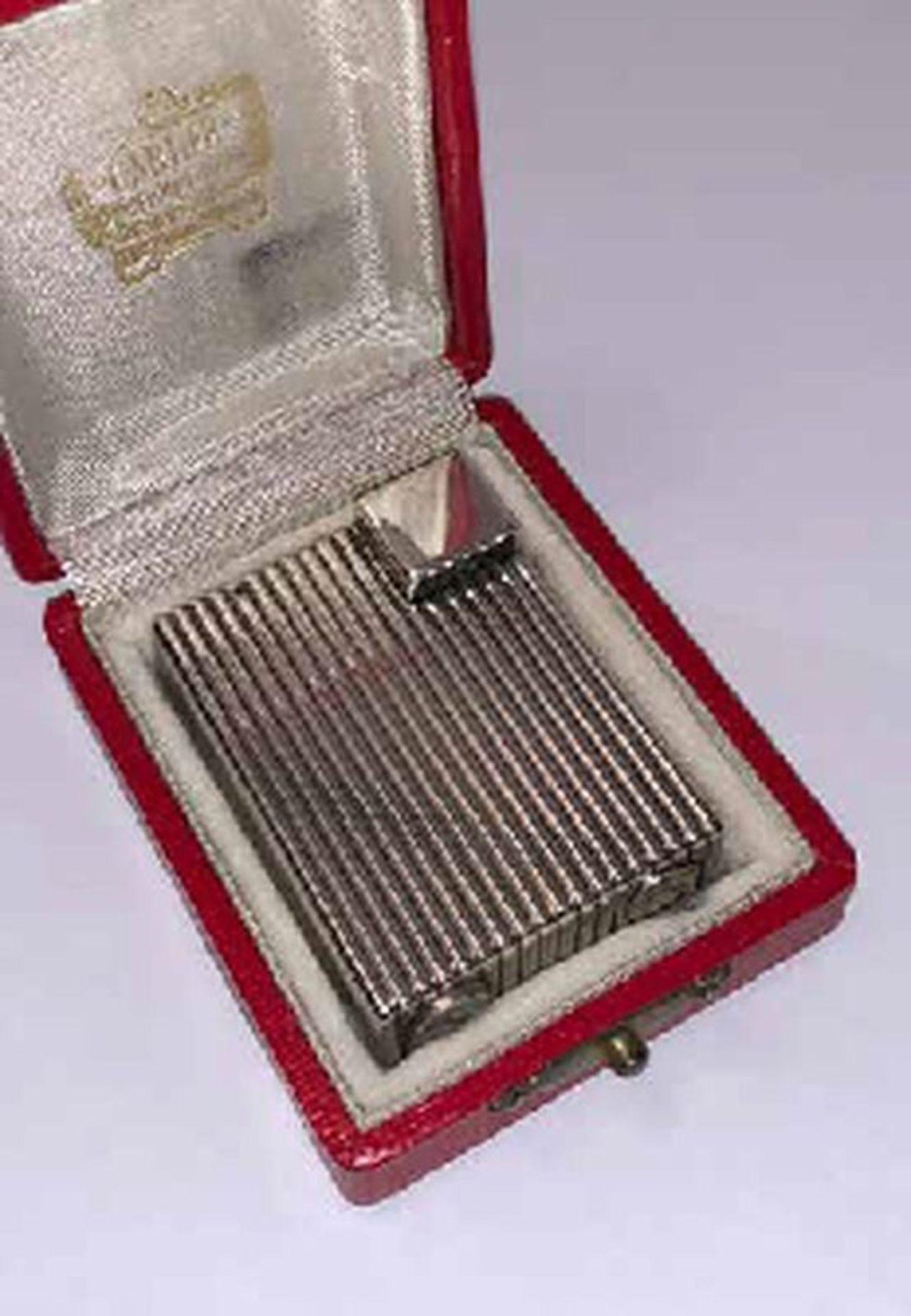 Reeded silver lighter, Cartier - Signed Cartier Paris Déposé, Cartier workshop [...] - Bild 3 aus 3
