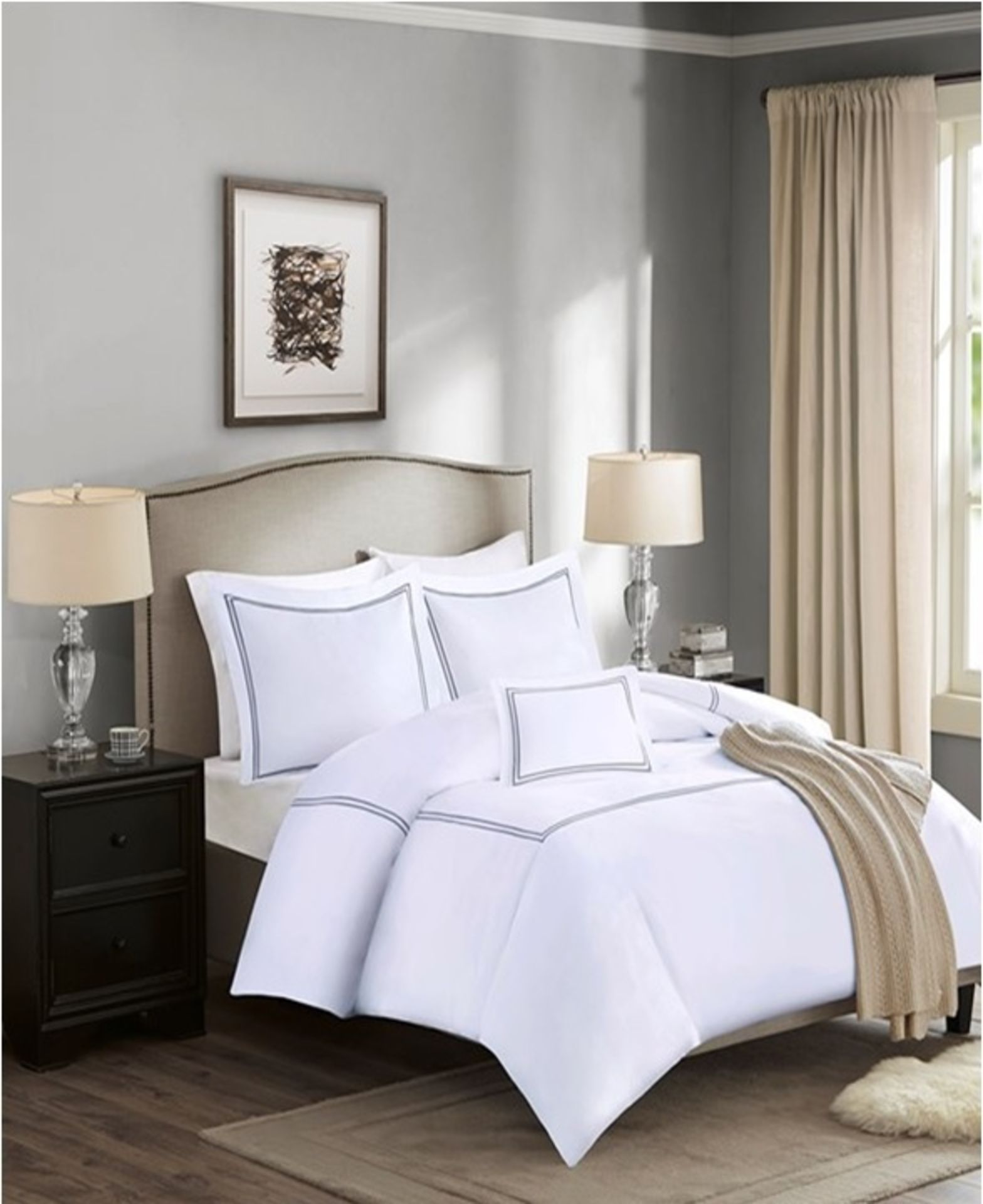 Lot 164 - 1 x Madison Park Luxury Collection King Duvet Set White - Product Code MP12-0199UK (Brand New -